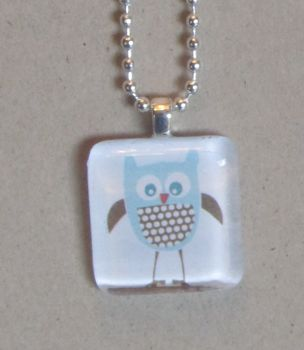 Homemade holiday glass tile pendant necklaces we are kicking off the homemade holiday series with some glass tile pendant necklaces these were so quick and easy to make my daughter is at the age where aloadofball Choice Image