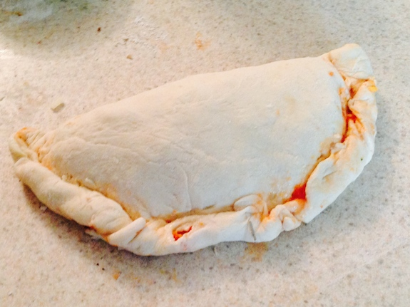 Twist and seal Calzones