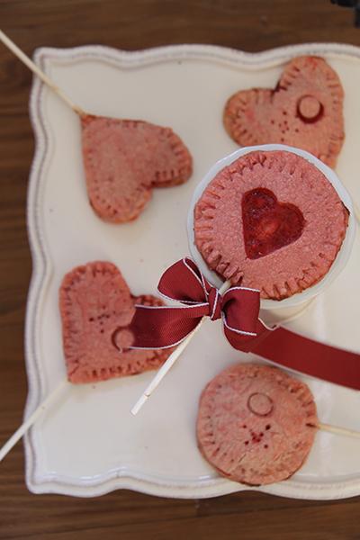 Valentine Pie Pops