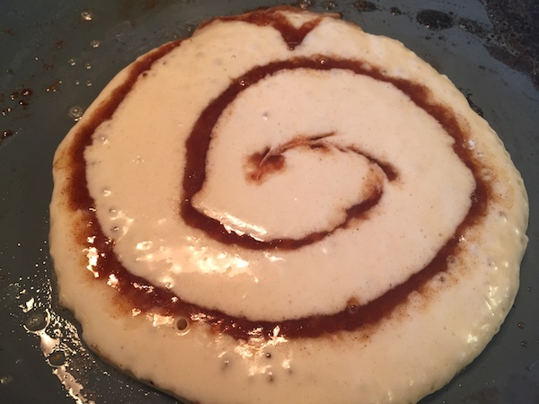 Add swirl of cinnamon to pancakes