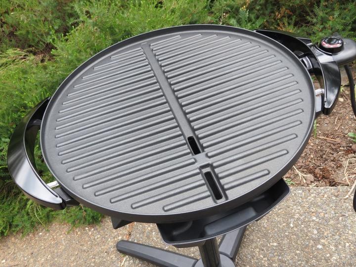 George Foreman sloped grilling surface