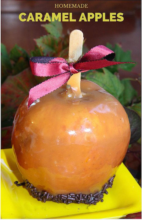 Homemade Caramel Apples for Fall - This recipe is so good!