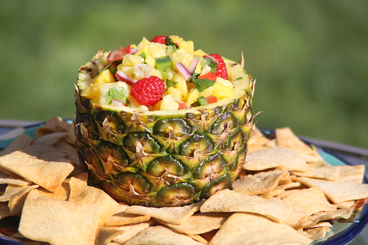 Fruit sals with Pineapple and Mango